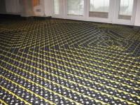 Podlahové topení svépomocí - instalace zákazník Kuřim
