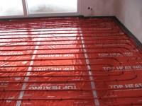 Podlahové topení svépomocí - instalace zákazník Kouřim