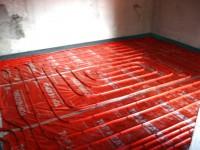 Podlahové topení svépomocí - instalace zákazník Bystřice