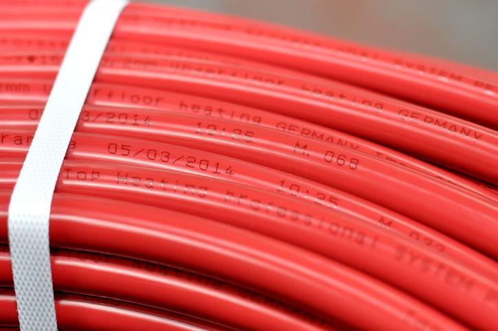 Potrubí TH RED, podlahové teplovodní topení REHAU (vytápění, svépomocí, montáž)